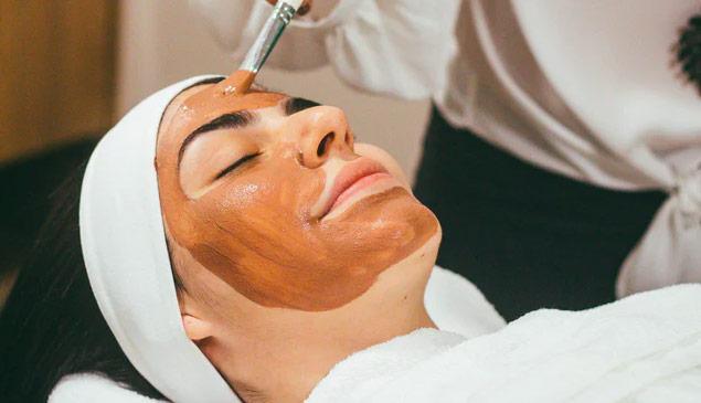 Clinical skin peels