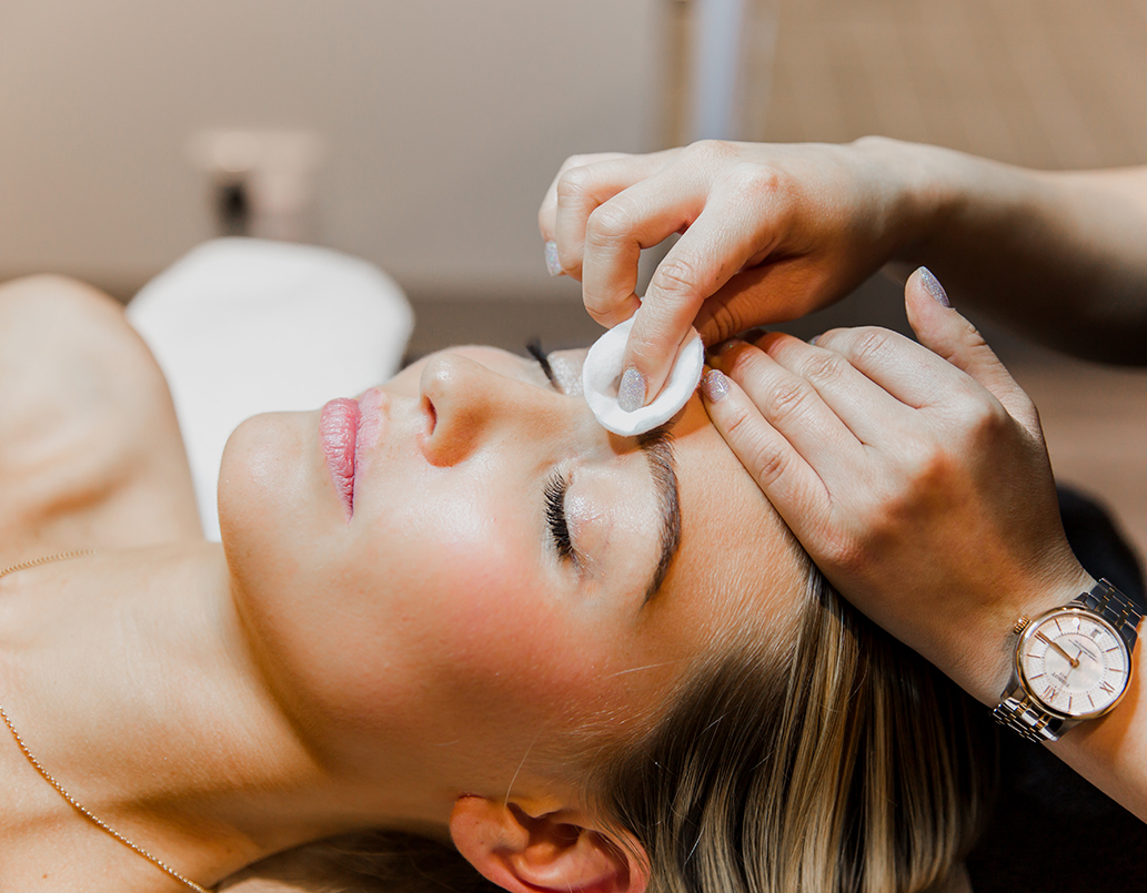 beauty services facial bemish be gone